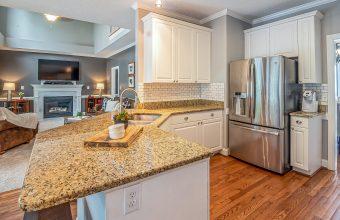 house-luxury-inside-kitchen-4469162